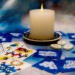 鏡リュウジの占星術やタロットを紹介。おすすめの占いとは?